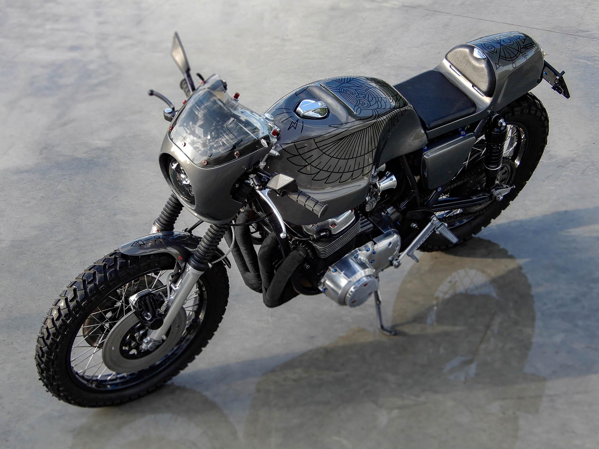 Honda CB 750 1976 - The Night Owl